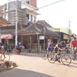 tips menyewa sepeda di kampung inggris pare